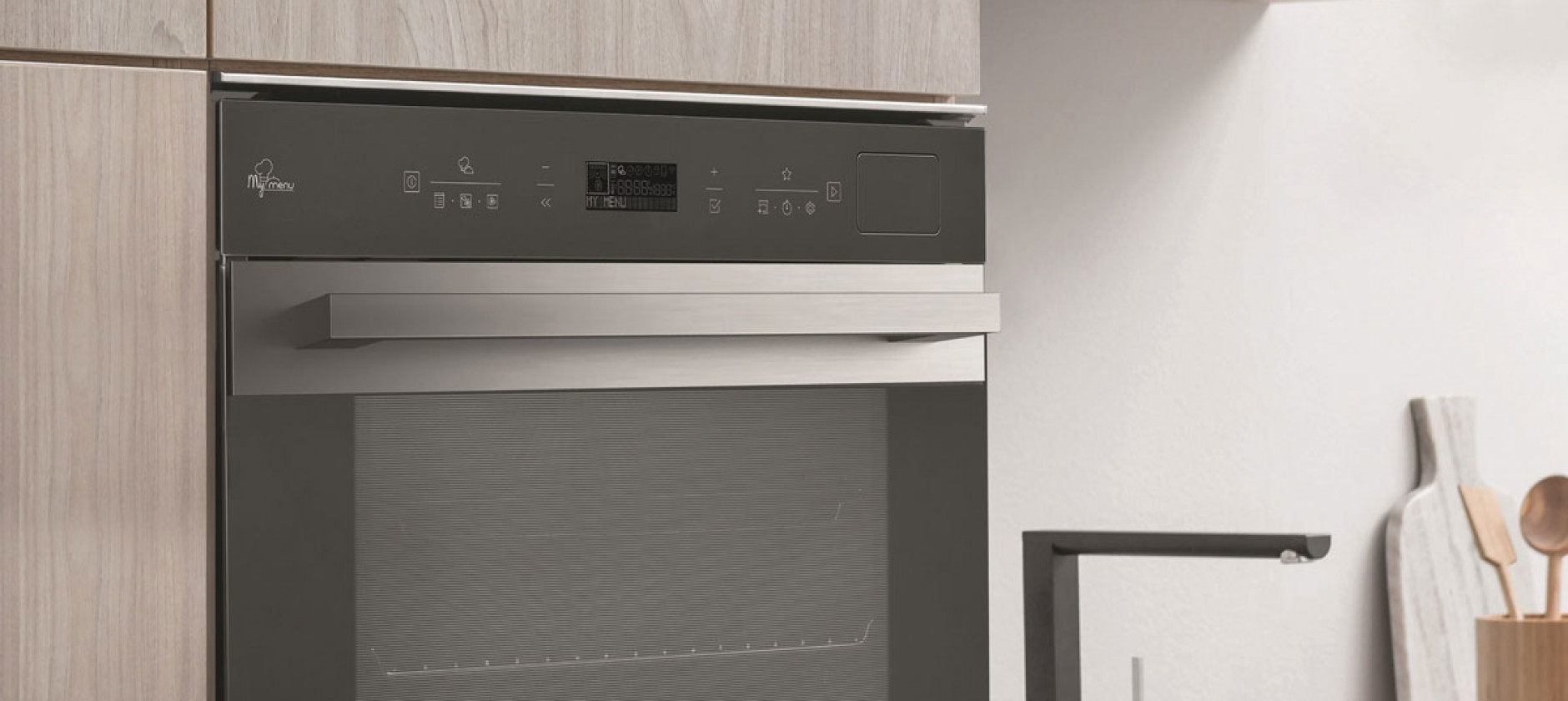 Con Hotpoint Activesteam 75, gusto e leggerezza in cucina